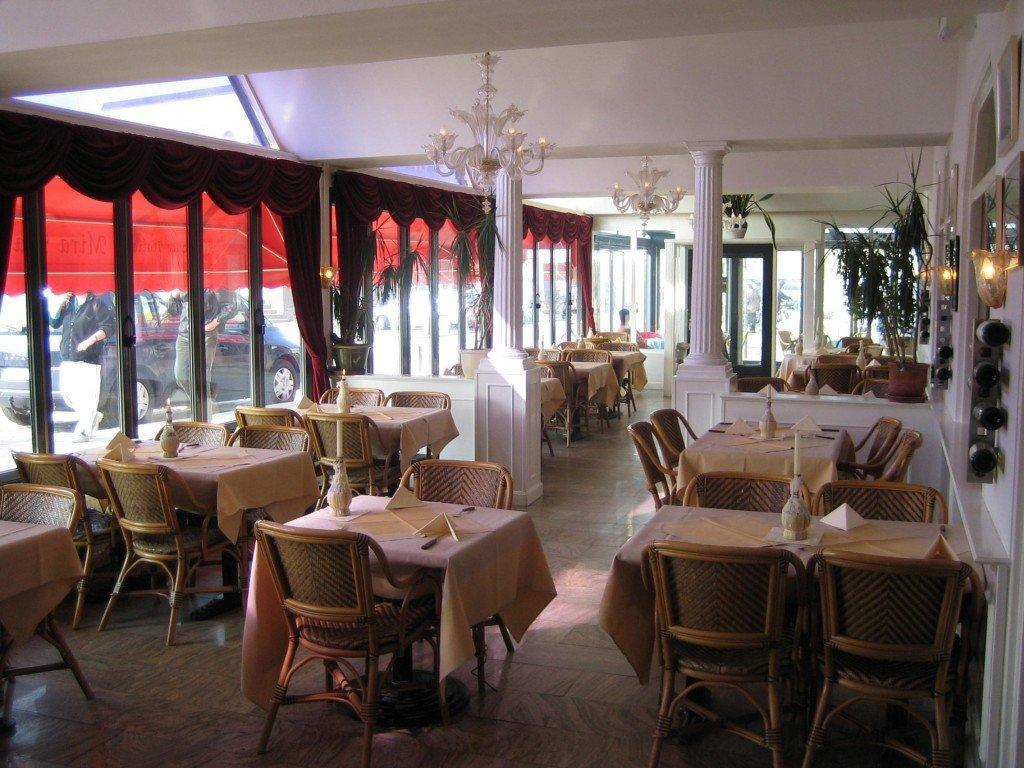 Italian restaurant miramare egmond online for Accessoire de restaurant