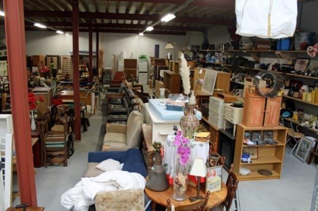 Kringloop winkel hal tol egmond aan den hoef for 2e hands meubels