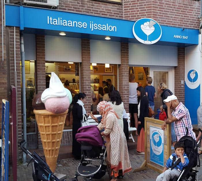 Italian ice cream shop Pravisani