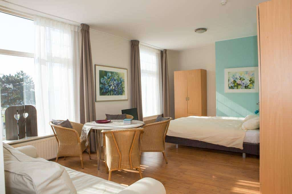 Prince apartments Egmond-3